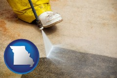 missouri pressure washing a concrete surface