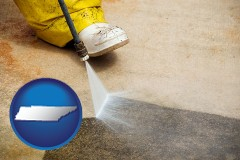 tennessee pressure washing a concrete surface